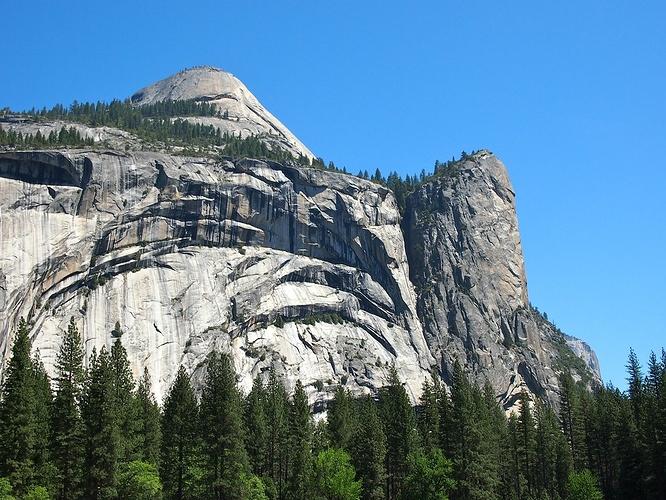 Yosemite-RoyalArches