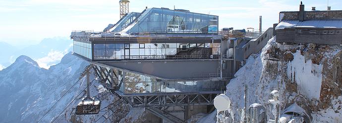 Seilbahn-Zugspitze-Gipfelrestaurant-teaser1500