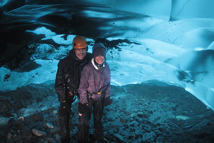 sm_ah_inside-glacier