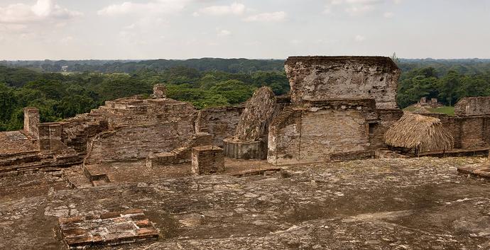actividades-principales_tabasco_villahermosa_admira-la-arqueologia-de-adobe-en-comalcalco_01
