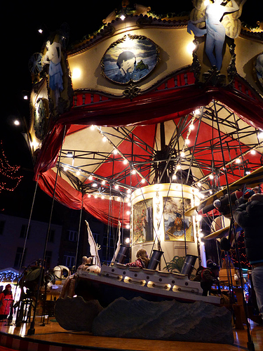 20131218-brussels-carousel2