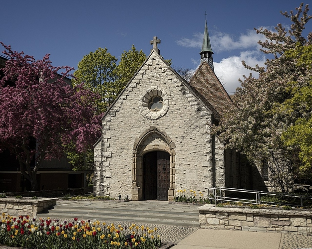 1280px-Joan_of_Arc_chapel-2290483