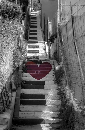 bw-piano-stairs