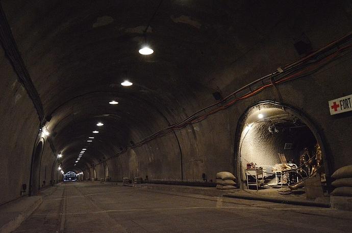 1280px-Malinta_Tunnel_2019