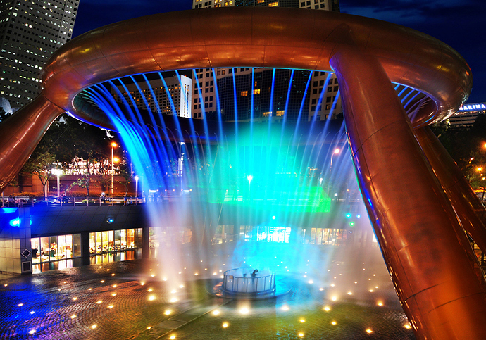 The_Fountain_of_Wealth_at_Suntec_City