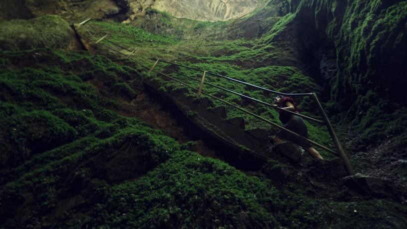 1511444543-gouffre-friouato-cave-815x459