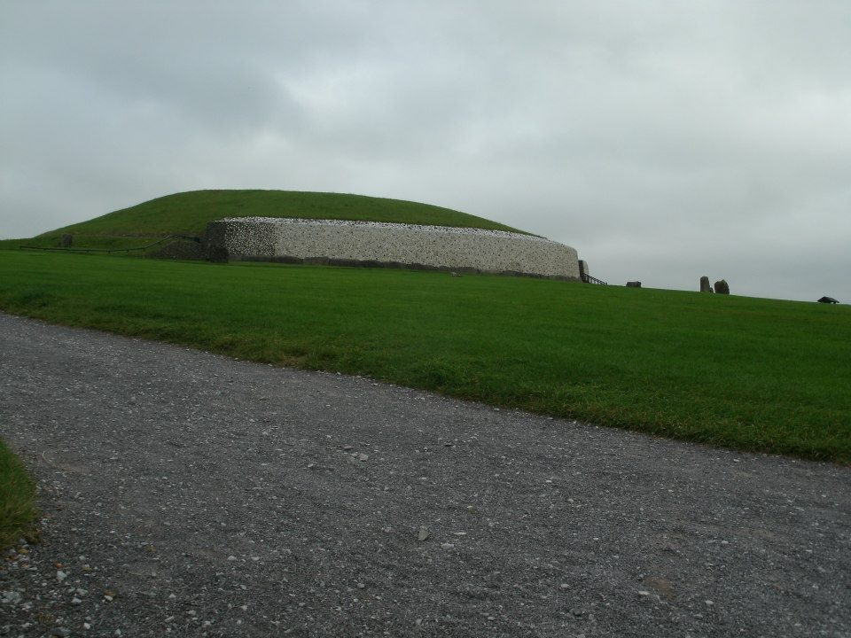 Newgrange2