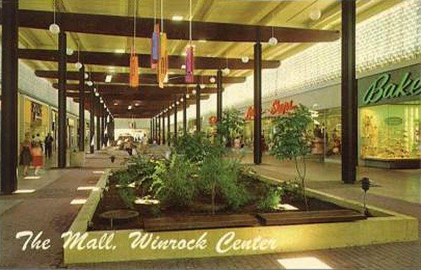 Winrock%20Center%20Mall%2C%20Albuquerque%2C%20NM