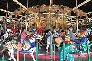 KUDOS_Carousel_best_540-IMG_0558-RizzaCW_08-07-17_web_t670