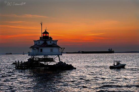 sunrise-at-thomas-point